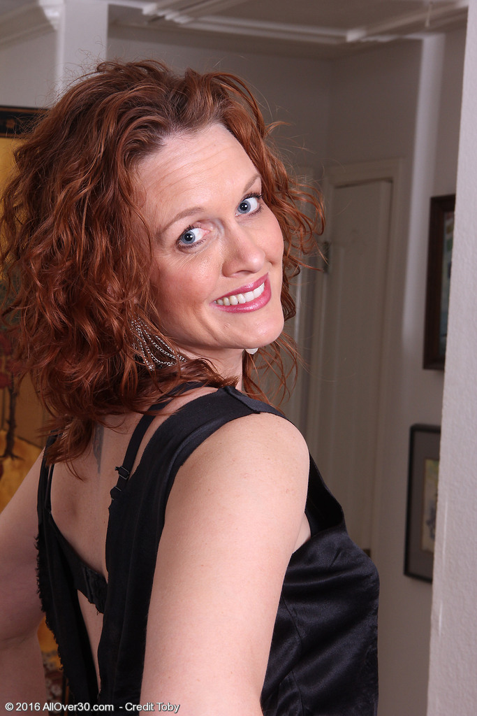 Roxanne Clemmens Loves to Rub and Play along side the