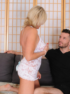 Super Horny  Blond Haired Payton Hall Assumes on Her Man's Big Dick into the Bedroom