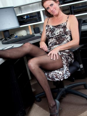Opens at work with Sofie Marie