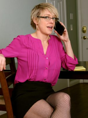 Super Magnificent Secretary Dee Williams